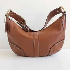 COACH ALL LEATHER SIGNATURE HOBO IN CAMEL LIKE NEW